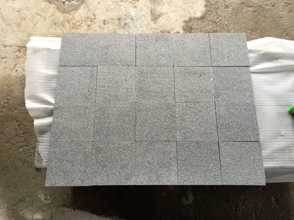 G654 flamed granite paver